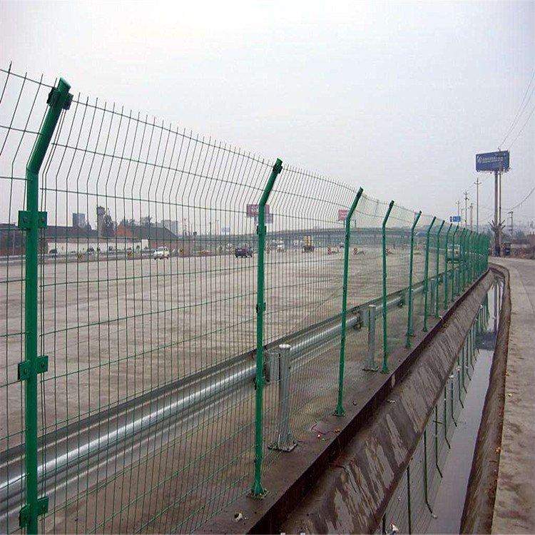 高速公路护栏网